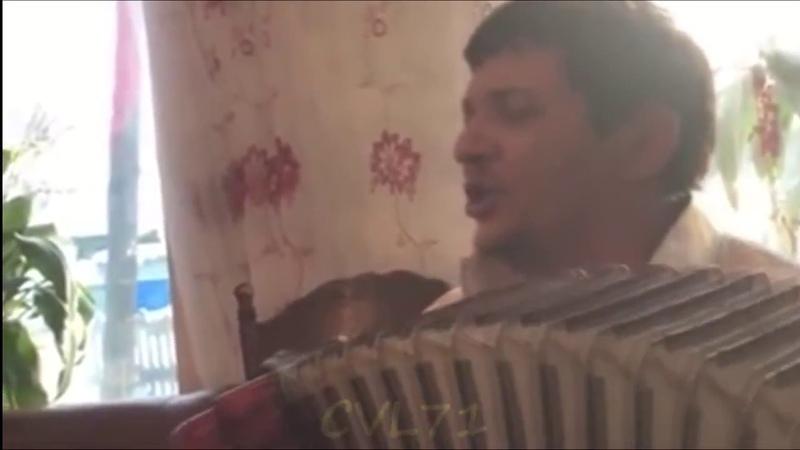 Цыгане поют Красивые Цыганские Песни.The Gypsies sing a Beautiful Gypsy Songs.