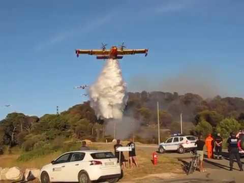 Rare Noria de 9 canadairs sur le feu de Port de Bouc 10 août 2017