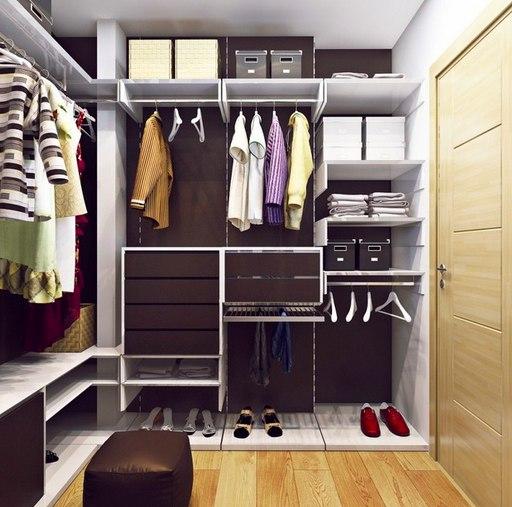 Как построить гардеробную в квартире: 14 главных нюансов Задействовать неиспользуемые площади, повысить качество жизни и даже найти свой собственный стиль – вот что можно сделать с помощью гардеробной. Как спрятать ее в малогабаритке? Ответ – в нашей статье