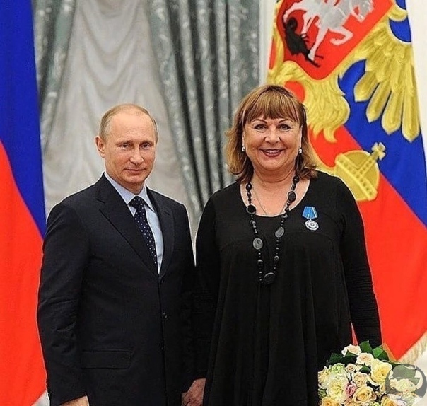 Владимир Путин наградил Татьяну Кравченко ордером почета
