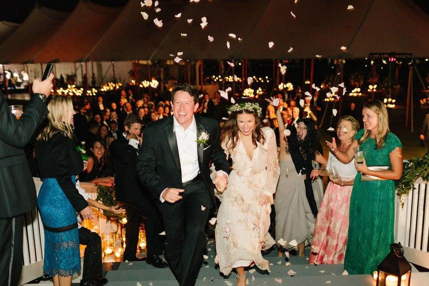 3hdG0HcIZkk - 10 Уникальных развлечений для гостей на свадьбе