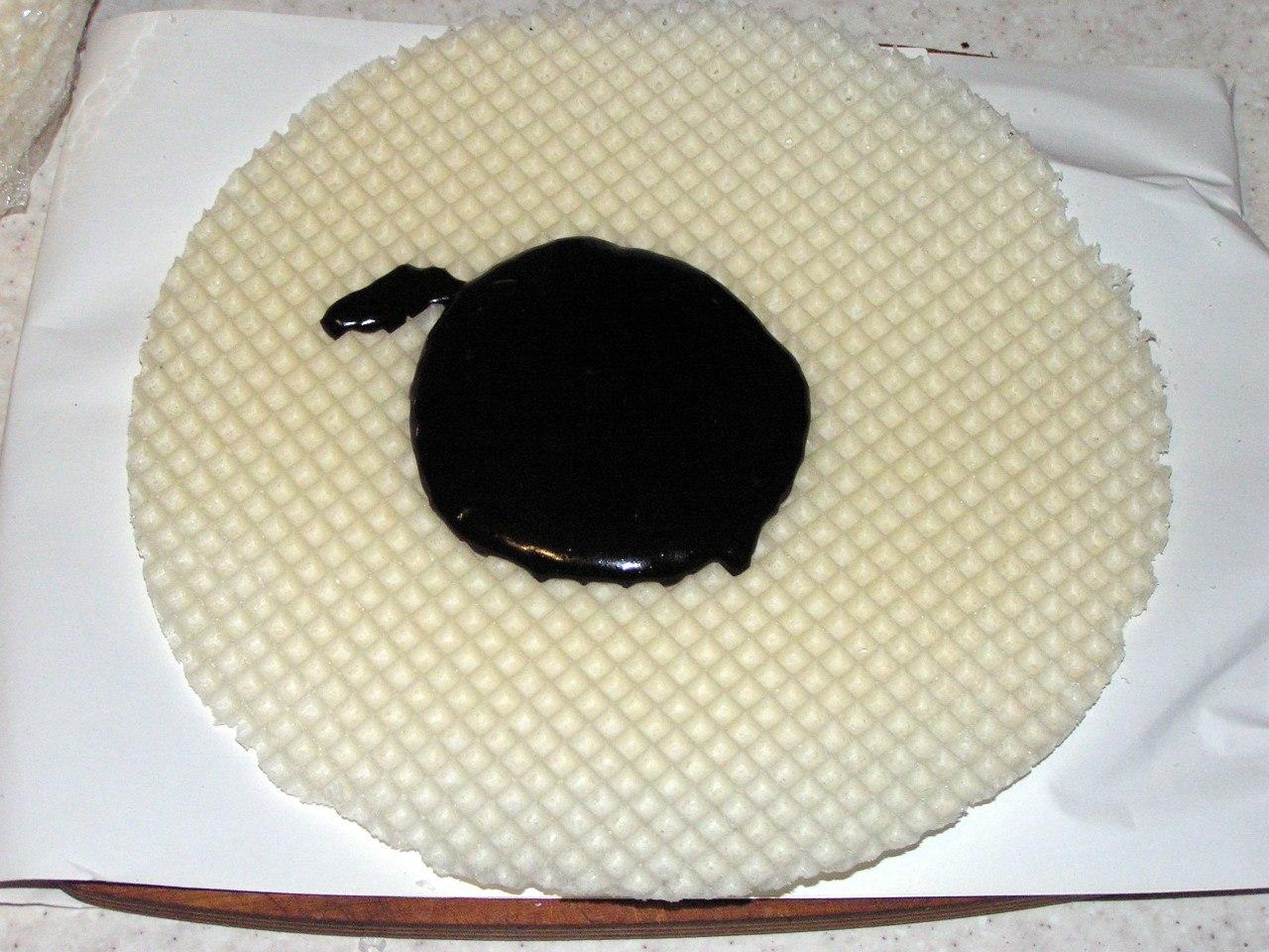 шоколадно-вафельный торт
