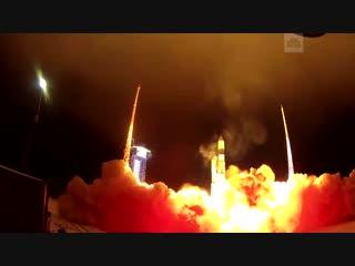 Старт ракеты «Рокот» с военными спутниками с космодрома в Плесецке