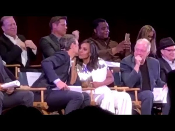 Scandal Stage / Olitz (Olivia Fitz) 7x18 table read Terry Moments