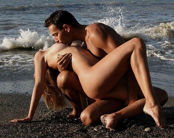 Русское порно онлайн Парень ласкает упругие сиськи и лижет сладкую к