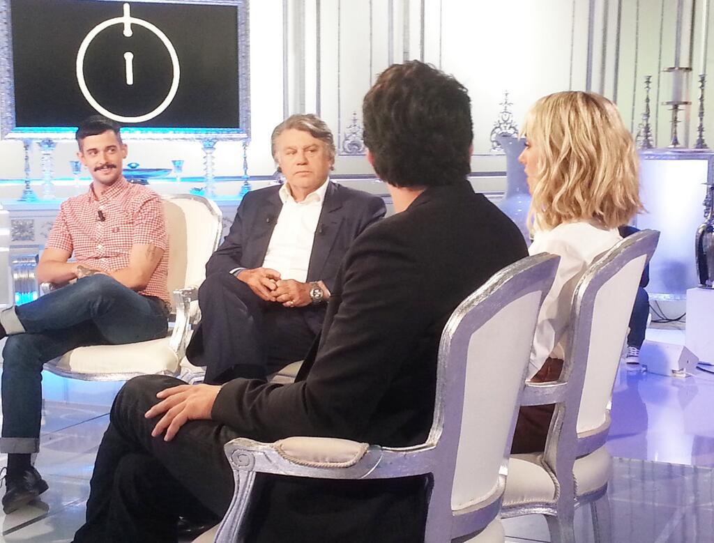 [TV] Salut les Terriens! (Canal +) - 19.06.14 (enreg.) - Page 2 XUXtrQJGhkE