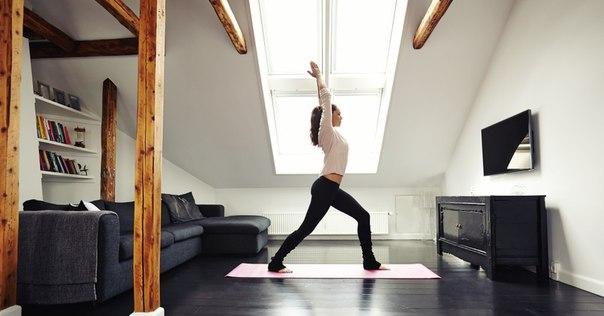Домашние тренировки для подтянутого тела без лишних затрат Занимайтесь спортом! Становитесь лучше вместе с Лайфхакером!
