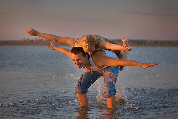 Разделяя счастье с другим, мы умножаем счастье.