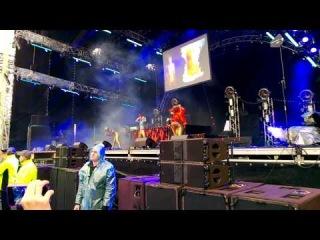 6. Die Antwoord - Cookie Thumper (live in Saint-P 2014) [GreenFEST]