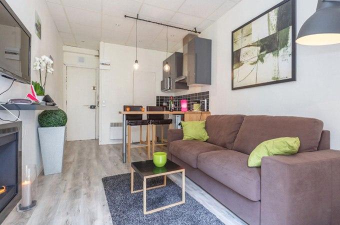 Квартира-студия 20 м с внутренним двориком на Монмартре / Франция - http://kvartirastudio.