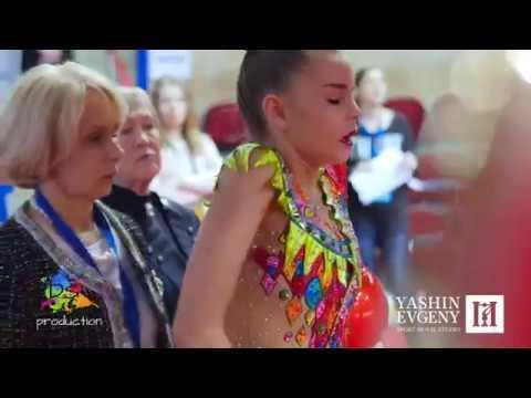 Sisters Averins Dina Arina Неваляшка