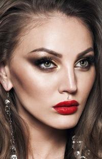 Дневной макияж увеличивающий глаза