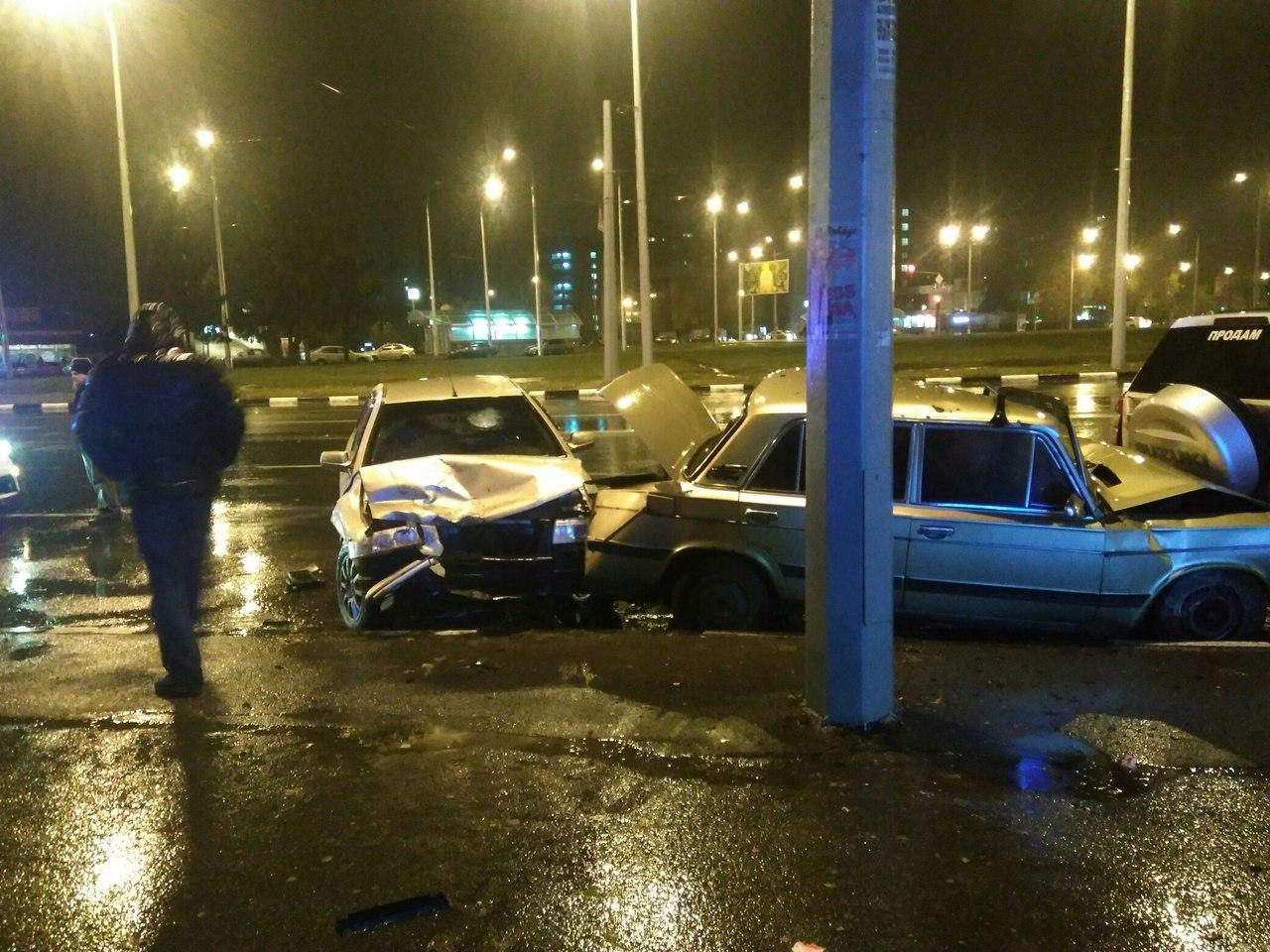 Потрійне ДТП у Харкові: є постраждалі - фото 2