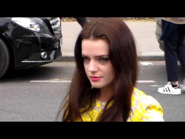 Roxane MESQUIDA @ Paris 9 mars 2015 Fashion Week show Giambattista Valli