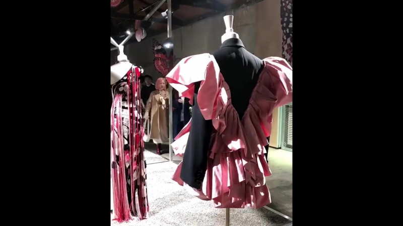 [EVENTS] 181016 Ли Чон Сок на показе Александра МакКвина.