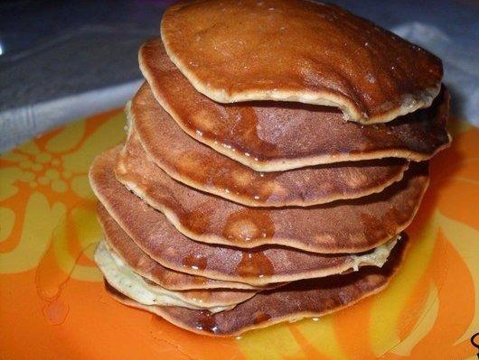 Рецепты панкейков 1) Ванильные панкейки Ингредиенты: молоко - 200 мл. мука