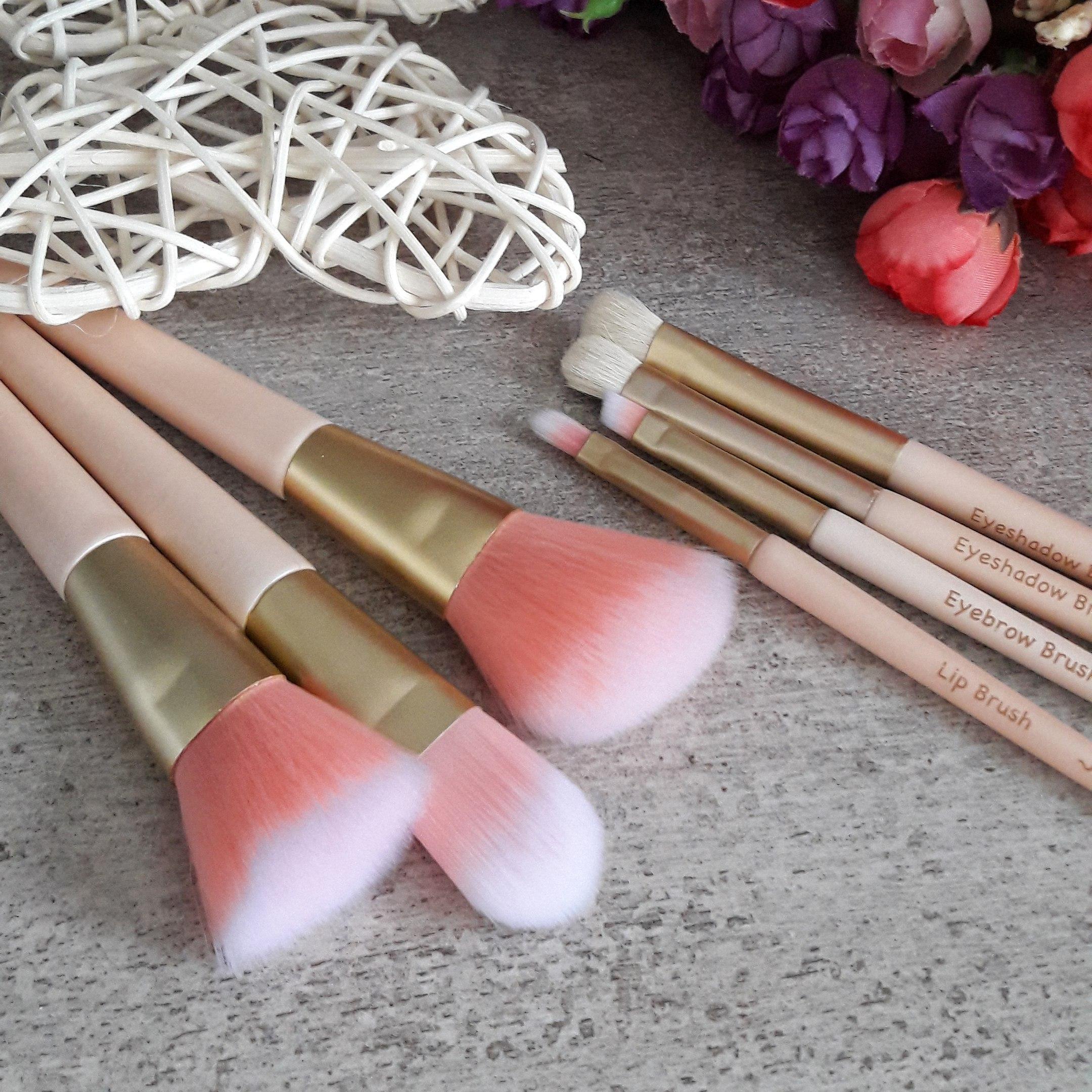 Набор кистей для макияжа от Kinepin
