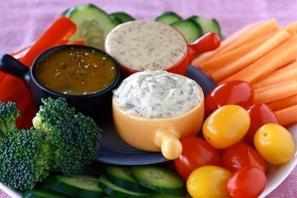 10 вариантов разных соусов. 1. Сметана(15%) + пара
