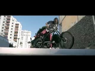 [v-s.mobi]Saldokamelia - Ma poin le temp (clip officiel).mp4