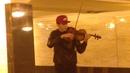 Милый скрипач на Выхино.