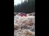 2018 - р. Укса - пор. Розовый слон - Киль К-4 Raftmaster (Вид с камня)
