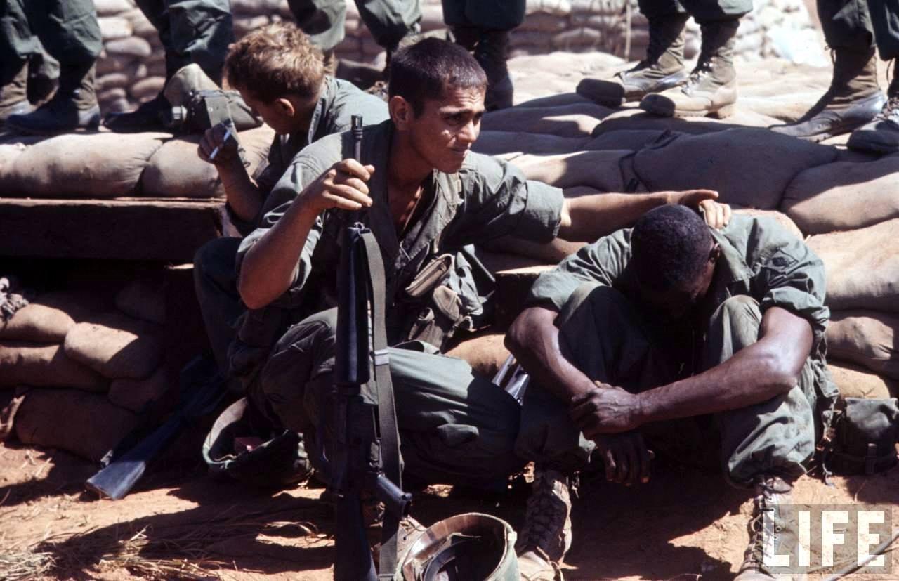 guerre du vietnam - Page 2 KGe79srFv2w