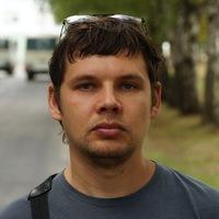 Виталий Серов