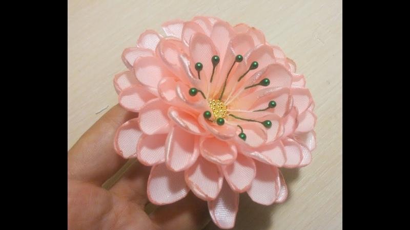 Лилия. цветы из лент\Канзаши\МК\bloemen gemaakt van satijnen lint decoratie