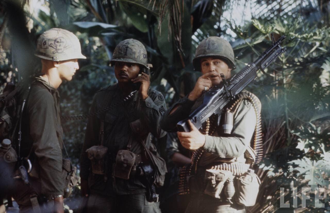 guerre du vietnam - Page 2 ArvD6PbI4B4