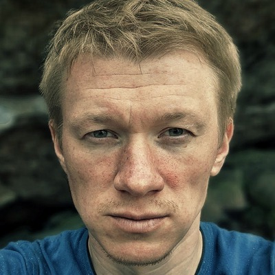 Павел Старков