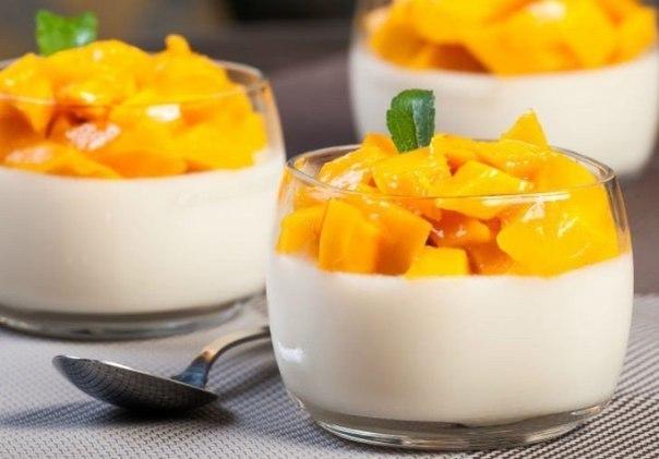 Фото: Нежные сливочные десерты — родные будут в восторге!<br><br>Сохрани подборку, чтобы всегда была под рукой.<br><br>1. Панна-котта <br><br>Ингредиенты:<b