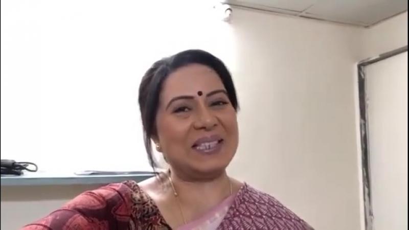 Нилу поздравляет Amitabh Bachchan на Sony tv
