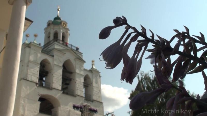 Колокольный звон в Спасо-Преображенском монастыре Ярославля