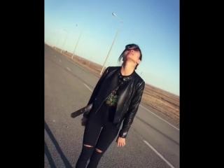 Казашка круто танцует ( Mr.Simon feat Nila Mania - I got love).mp4