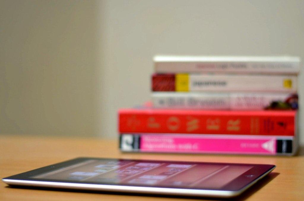 Facebook составил рейтинг важных для пользователей книг: