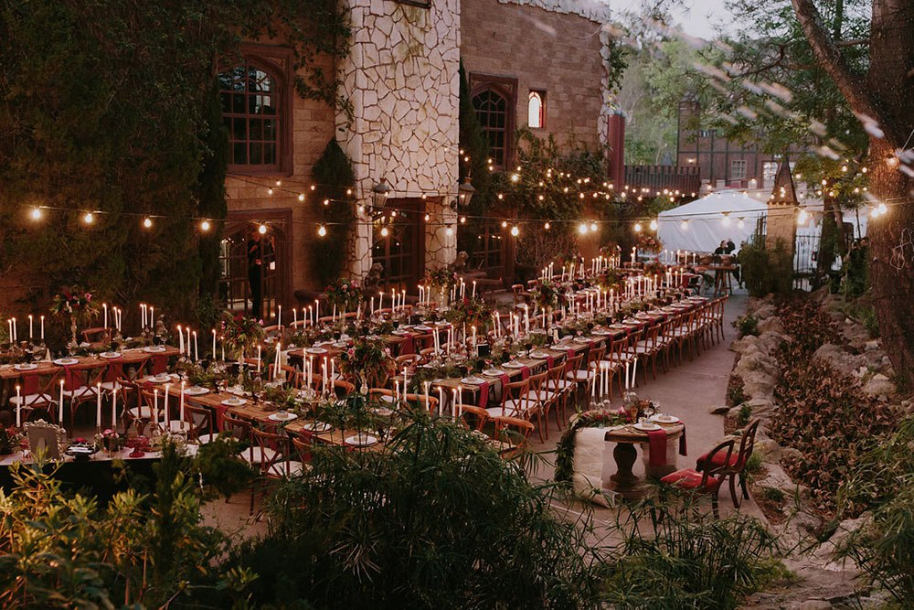 Свадьба в стиле Гарри Поттер. Тематическая свадьба. Организация свадьбы в Волгограде, заказать услуги ведущего на свадьбу. Написание сценария свадьбы в самые короткие сроки: +7(937)-727-25-75 и +7(937)-555-20-20