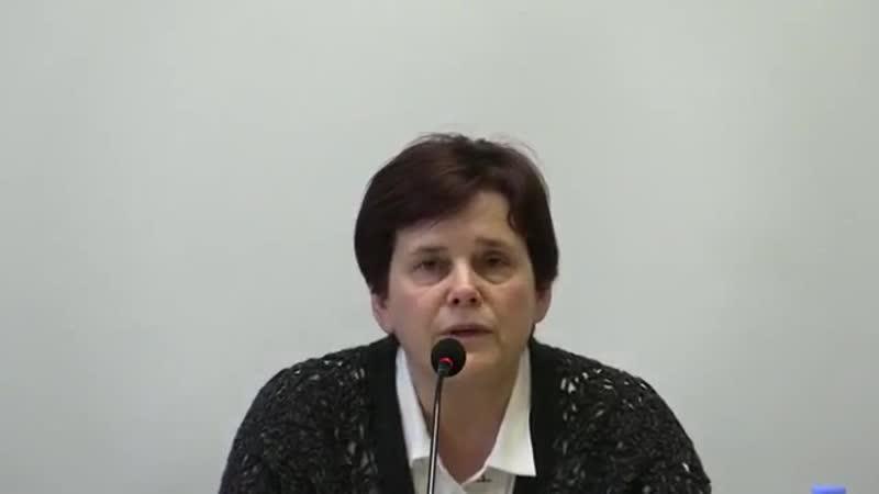 Ирина Прохорова О холодной гражданской войне между чиновниками и обществом