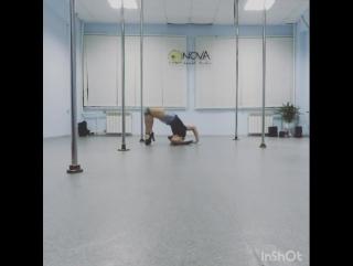 Партерная акробатика