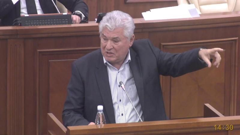 Третий Президент РМ Владимир Воронин: Конституцию может менять только молдавский народ