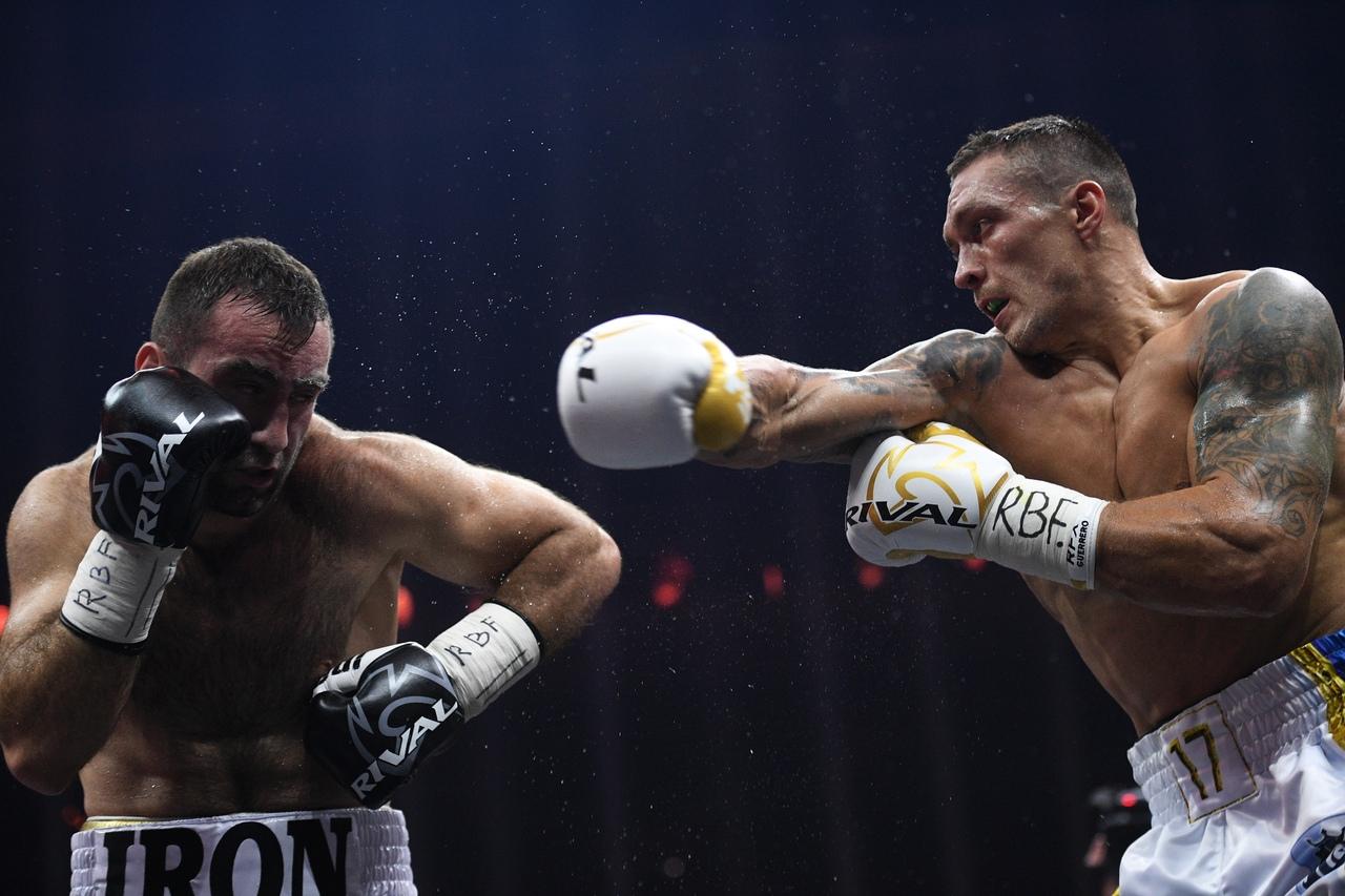 Итоги поединка Усика и Гассиева в финале Всемирной боксёрской суперсерии