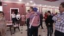 Веселый свадебный конкурс и танцевальный батл мальчиков и девочек