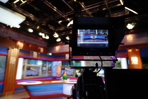«Богданов в курсе» — это интерактивная программа телеканала РБК. Что происходит на мировых рынках, политика и экономика. Ведущие и зрители подводят итоги дня в 21:00. Примите участие в сегодняшнем опросе и не забудьте включить РБК!