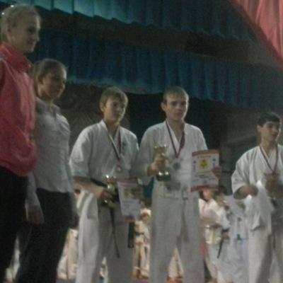 Николай Долженко, 22 мая 1998, Краснодар, id210717190