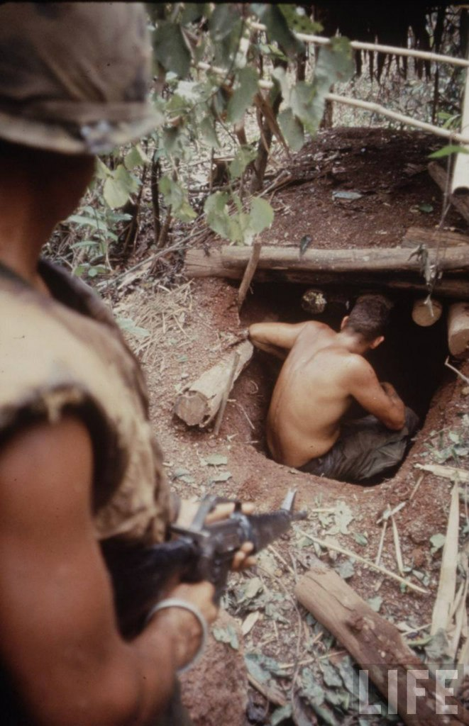 guerre du vietnam - Page 2 2V9Z0wniUhY