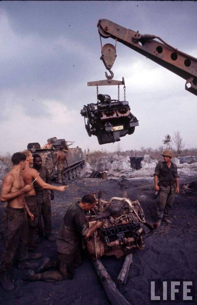 guerre du vietnam - Page 2 Y2hNRPsTpUY
