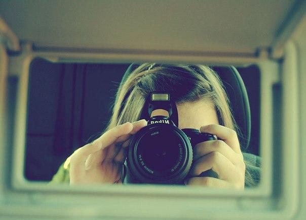 вообще просто девушка с фотиком перед зеркалом пьяные бабы