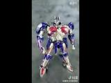 UT CHALLENGER Optimus Prime(transformation)