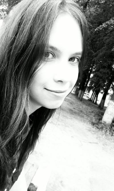 Ангелина Карелина, 12 июля 1996, Ковров, id187271755