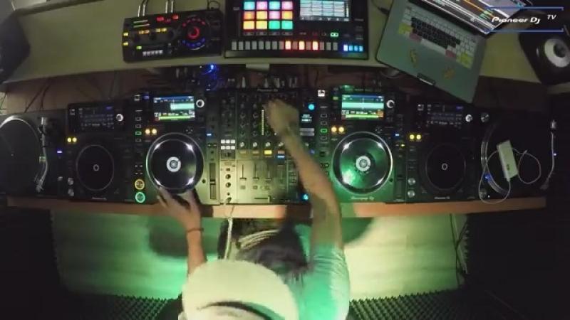 DJ DAVLAD LIVE @ Pioneer DJ TV Moscow