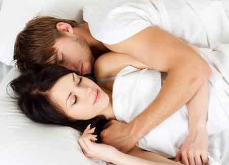 Мужчины с эпидидимальными кистами могут испытывать дискомфорт во время полового акта.